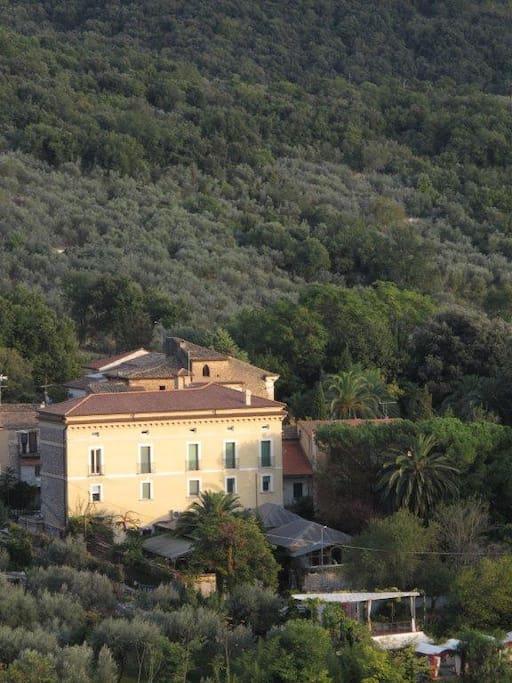 Villa Euchelia Resort