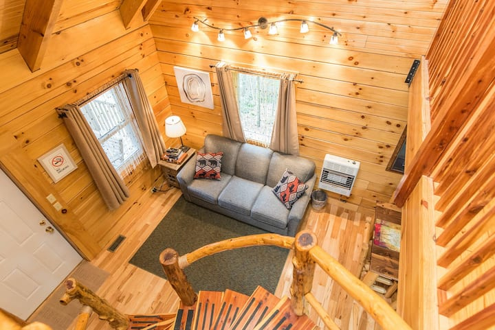 Hot Tub, WiFi, Adventure - Family Log Cabin - Hillside Haven - Red River Gorge