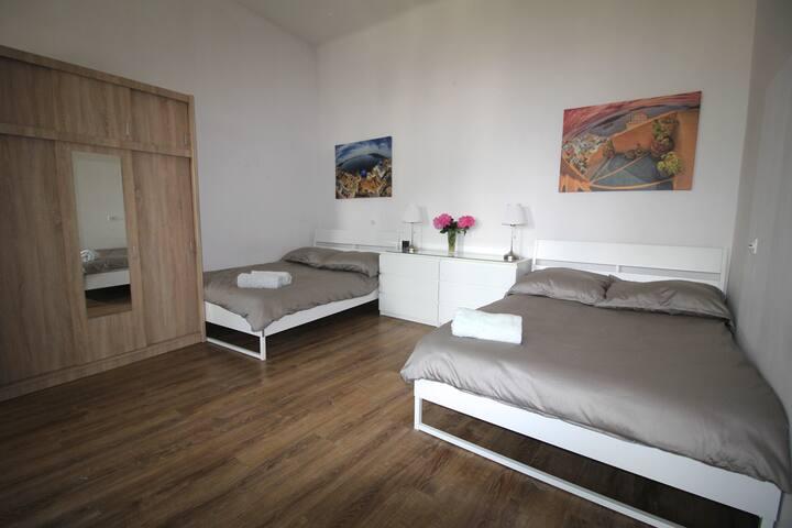 City Center - Simplicity Apartament