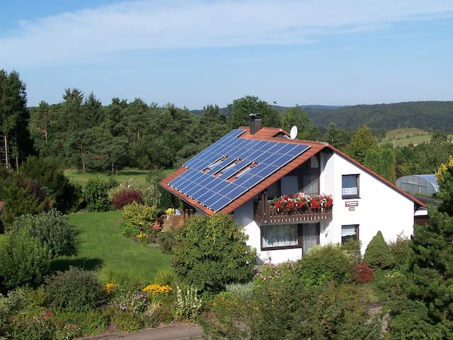 Ferienwohnung Oettinger - Hayingen - Apartamento
