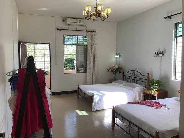 201Family Room + 1 Queen bed,1 Single bed,Kitchen - Sanya - Serviced apartment