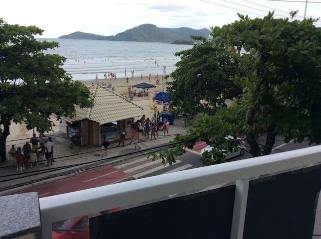 Apartamento de frente para o mar - Balneário Camboriú - อพาร์ทเมนท์