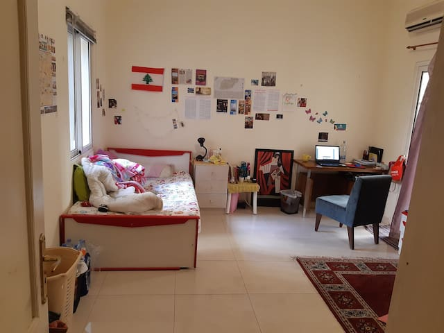Spacious yet cozy private room, at heart of hamra