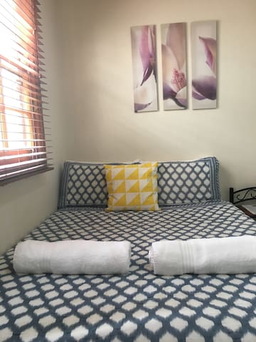 Basic Double Room in New Farm