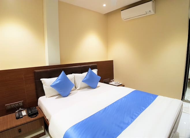 Fully Furnished Hotel Near Powai Mumbai(38)