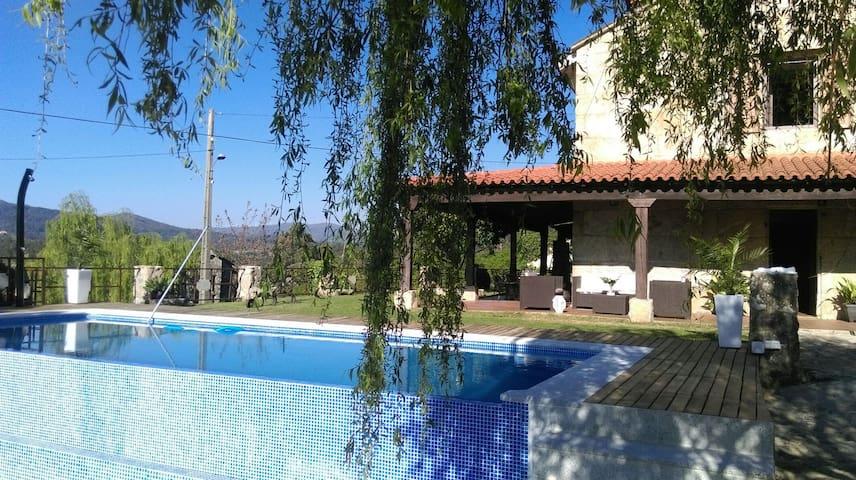Casa da Xeitosa - Ponte Caldelas - Dům