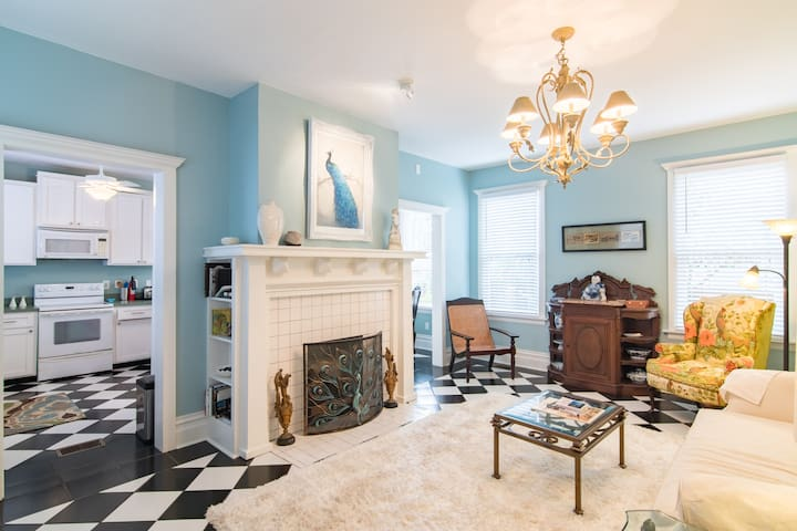 Private Apartment in Historic Home (circa 1913) - Jacksonville - Huoneisto