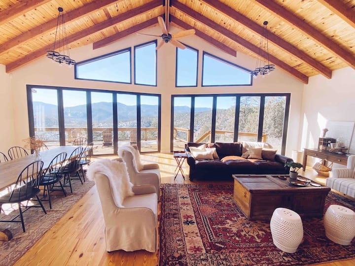Heavenly views-Mountain Dream with Eclectic decor!