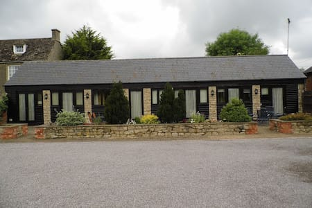 Country Barn Conversion - Purton - Outros