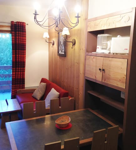 7Apartment 4* - Pool - Sauna - Wifi - Fully equipped - At the ski slopes