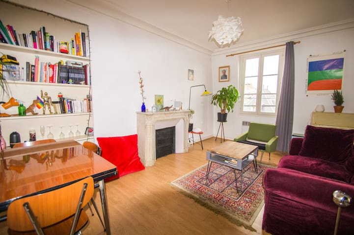 Bright appartement in front of Buttes Chaumont