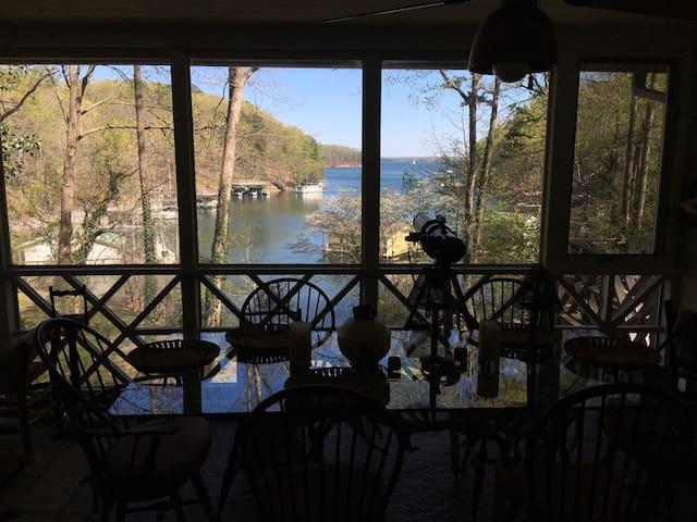 Built for fun Lake Lanier House! - Cumming - Haus