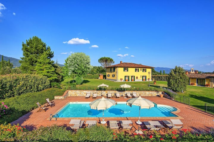 Podere Sant'Angelo - Holiday Villa Rental with private swimming pool in Bibbiena, Tuscany