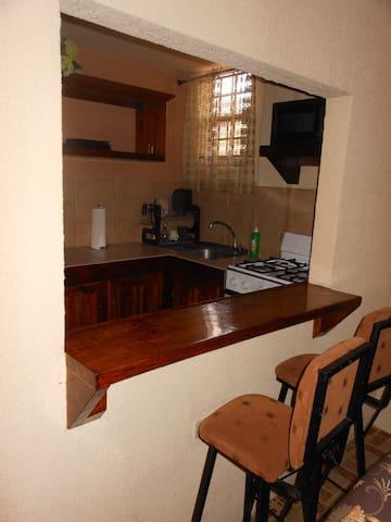 Heaven's Villa (Apartment A) - San Juan - Apartment