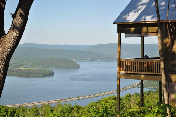 wow view 25 miles from chattanooga - Bryant - Cabin