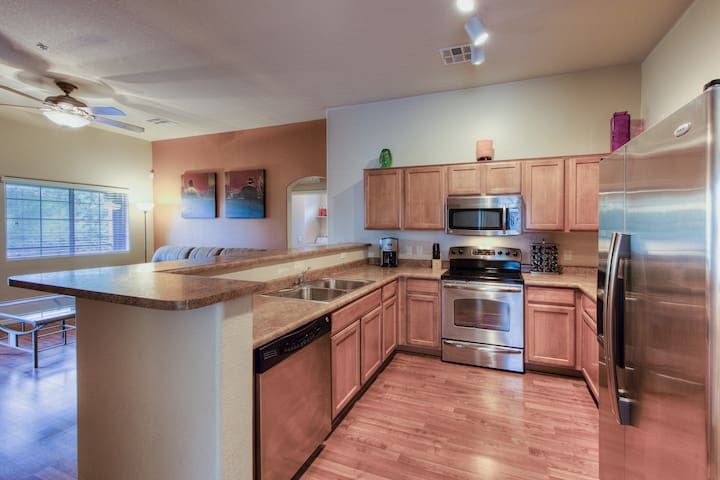 Remodeled 2 Bedroom Condo - Chandler - Flat