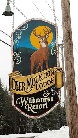 Deer Mountain Lodge