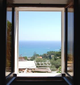Loft with wonderful over the sea. - San Felice Circeo