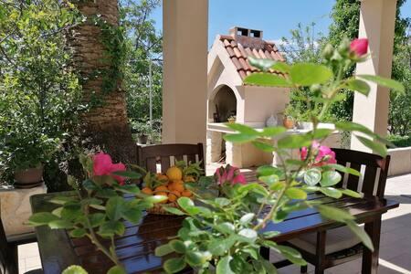Relax @Dora, apartment & gardens