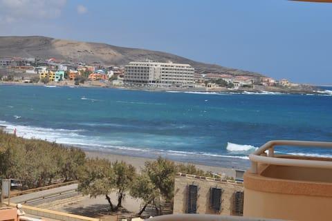 Медано:рядом с морем, балкон с видом на 2 пляжа