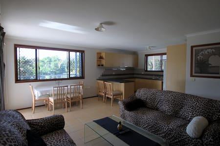 Tamar-Inn 2 Bedroom Apart & Balcony - Bogangar - Lägenhet