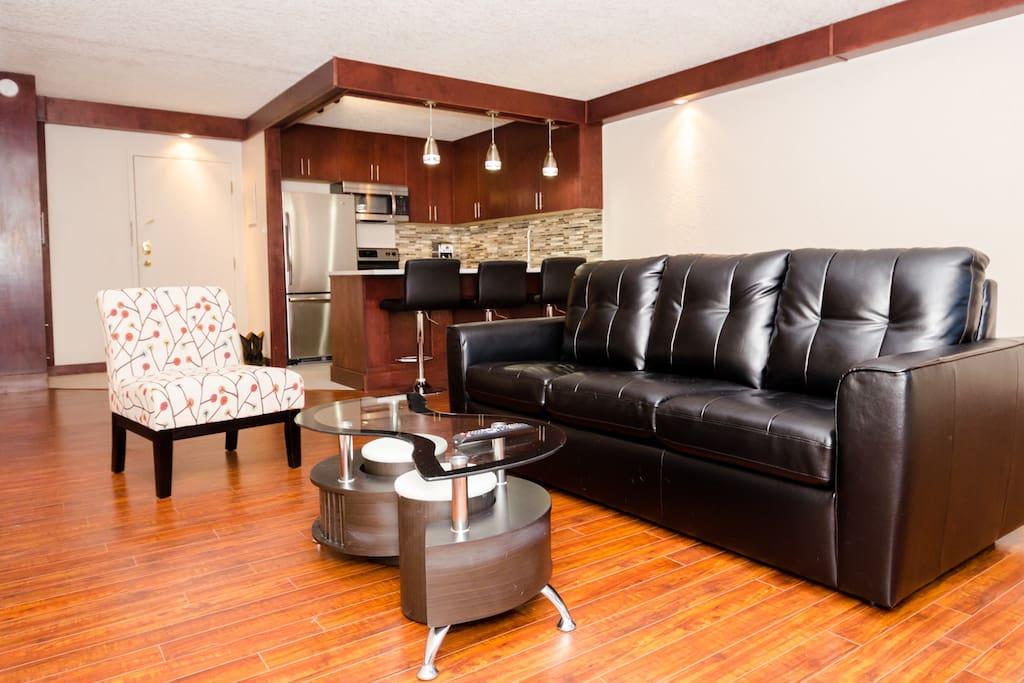 Bright 1 Bedroom In Calgary 39 S Core Apartments For Rent In Calgary Alberta Canada
