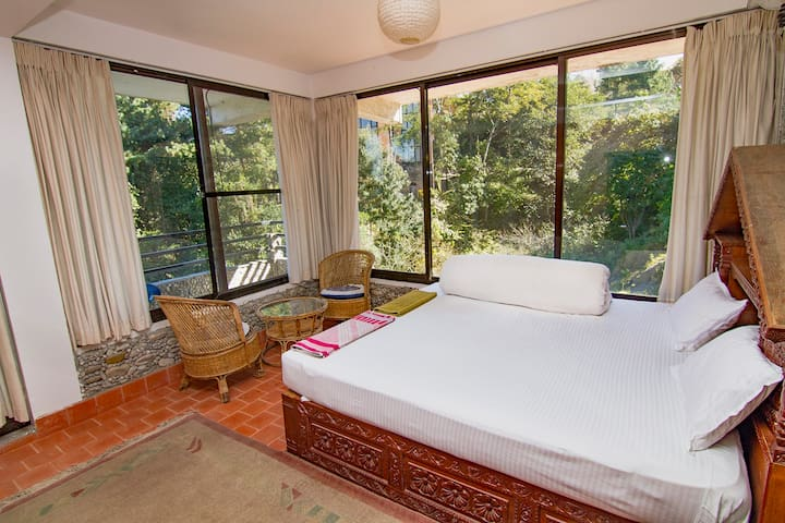 Nature Inspired Room at Nagarkot, Peaceful Cottage - Bhaktapur - Bed & Breakfast