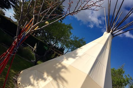 The Nomad Xperience Dream Hotelito - Padul