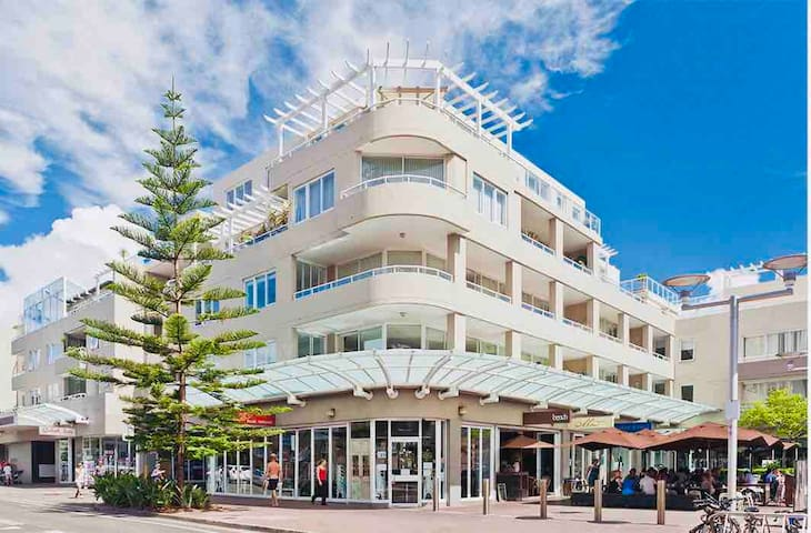 Manly's premier residential complex. Facilities of a hotel with convenience of supermarket, cafe's, restaurants & doctors