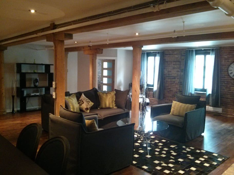 2 Bedroom Apartment In Old Montreal Apartments For Rent