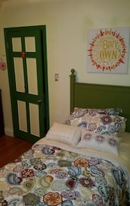 2nd Floor Room, Twin Bed - Haverhill - Ev