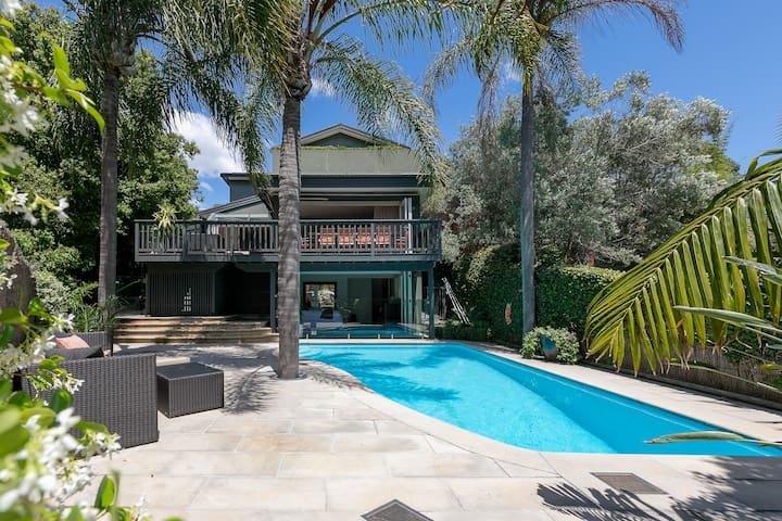 Parsley Bay House - The Scout Group