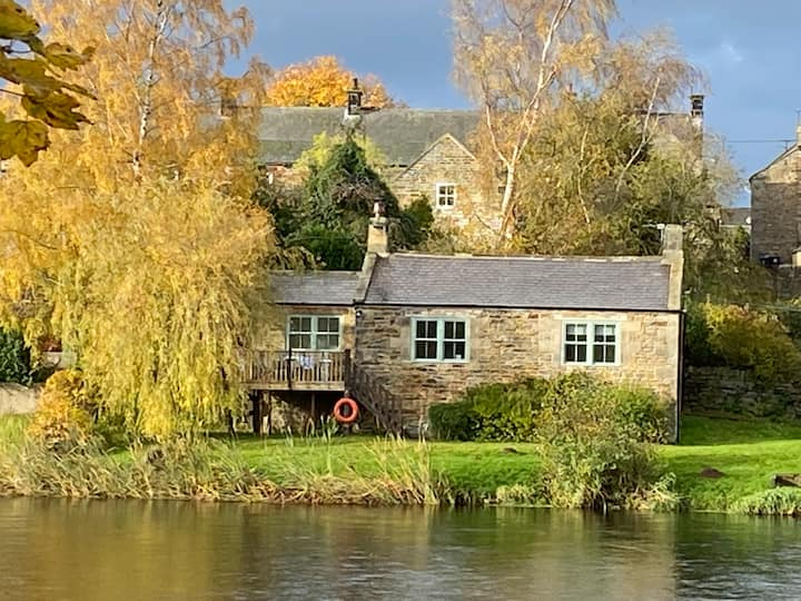 Riverside Cottage in the heart of Northumberland