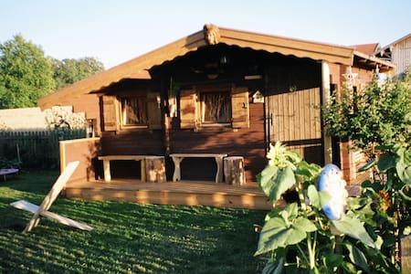 2 Holzhäuser - Tittmoning - Hütte