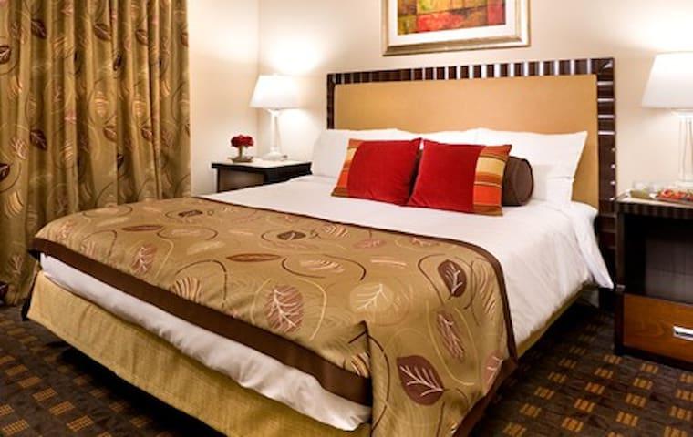 Pamper yourself at Welks Resort - Escondido - Villa