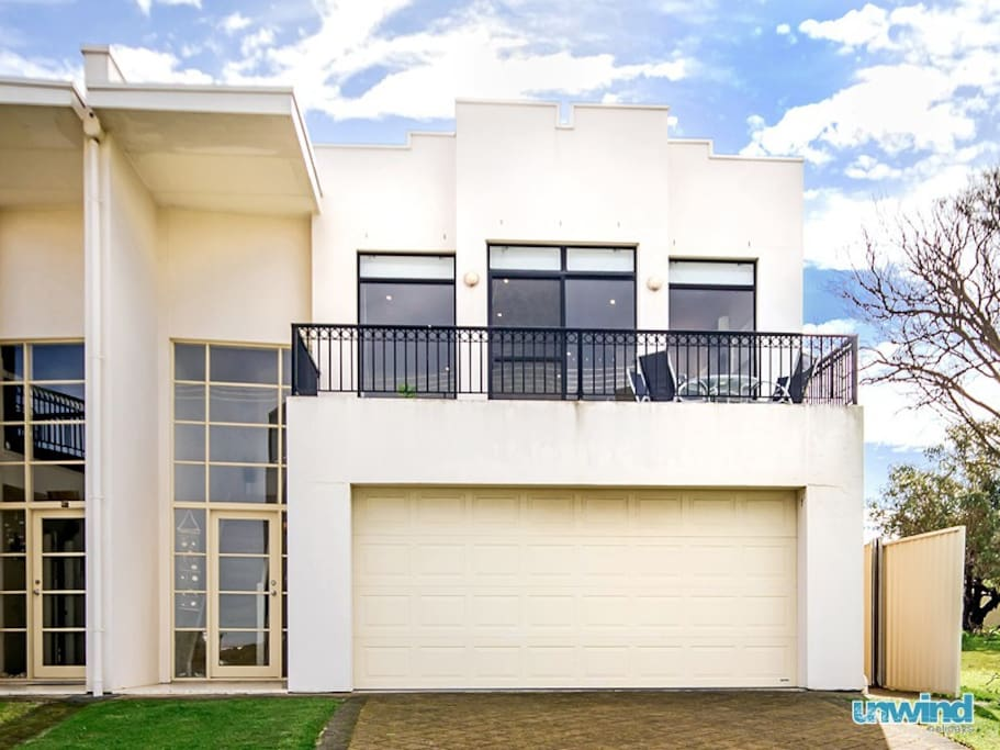 Modern, two storey townhouse