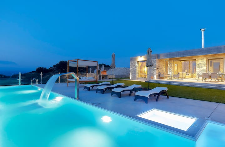 Villa Kori -Luxury villa in South Crete