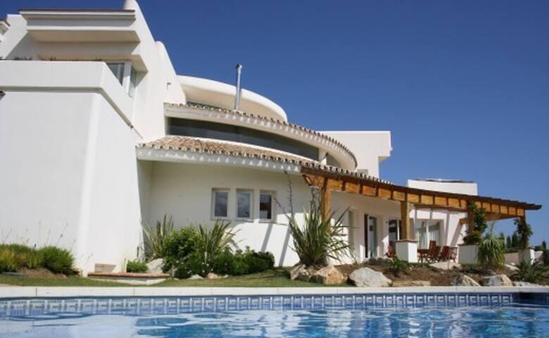 Villa Redonda - 4 bed villa - Marbella - Villa