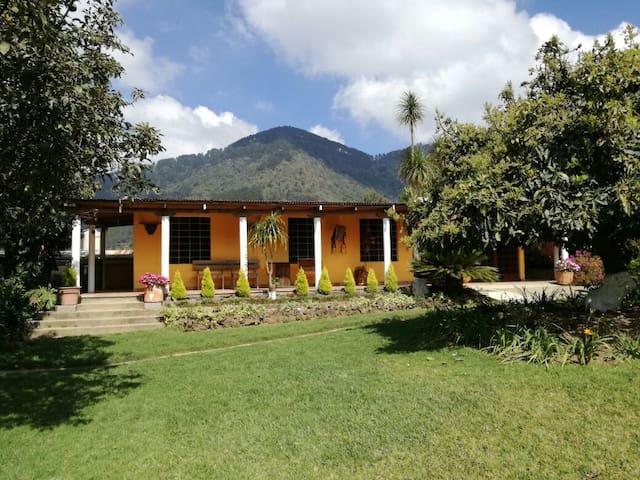 Granja Villa Margarita - Santa Lucia Milpas Altas - Guatemala