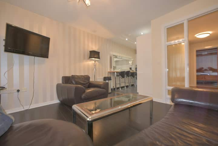 3 Bedroom City Centre Apartment