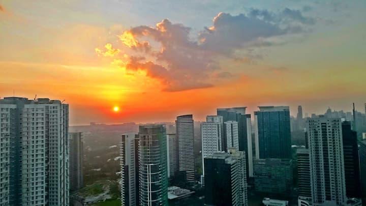 Your Home at Bonifacio Global -View of MNL Skyline