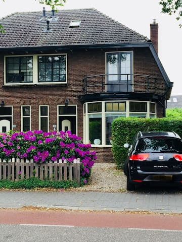 Lovely villa for long stay - 30 min to Amsterdam
