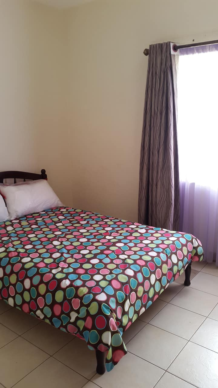 Modern 3 B/R apartment with free wifi in Thika