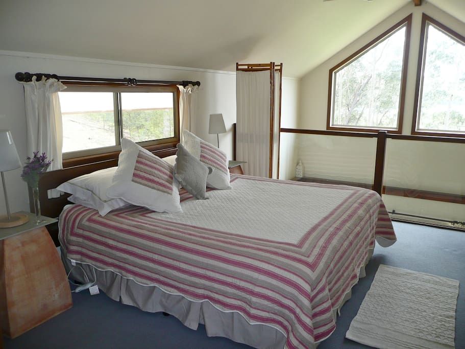 Karibu cottage houses for rent in narooma new south wales australia - Bed mezzanie kind ...