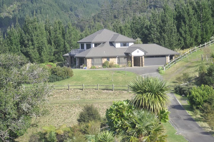 Ohuka Place Homestay, Whitianga - Whitianga - Bed & Breakfast