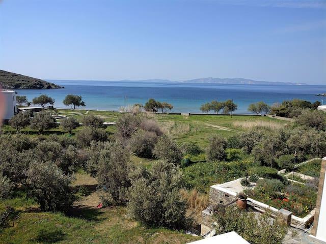 Mesmerizing views of the Aegean Sea - Άγιος Ρωμανός - House