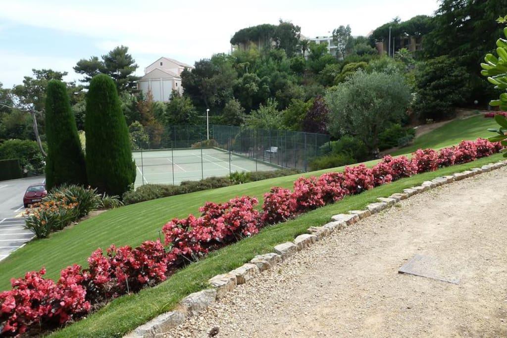 Tennis dans la résidence