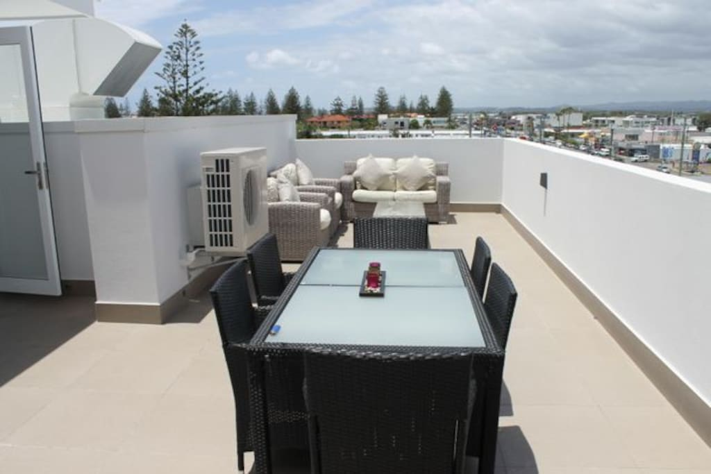 Private Roof Top