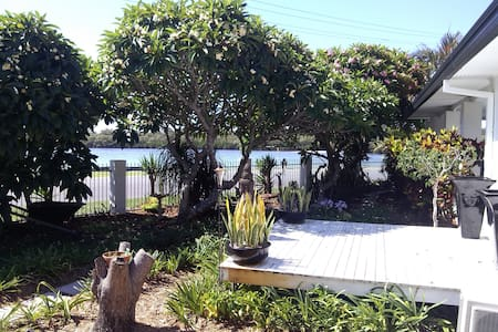 Modern waterfront home on the river - Tweed Heads South