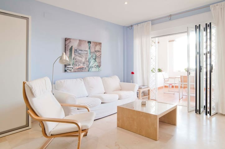 Apartment in front of the beach - Benalmádena - Loft